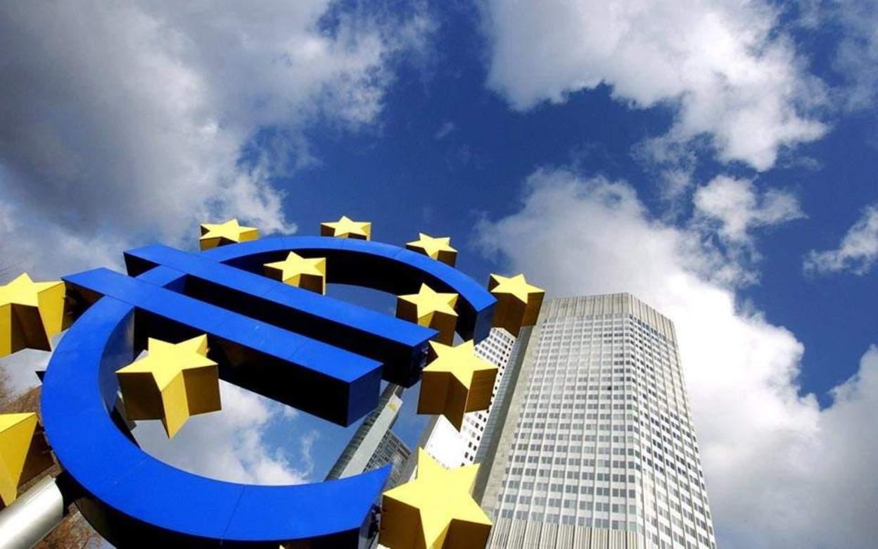Bloomberg: Η Ευρώπη συνιστά την σοβαρότερη απειλή για την παγκόσμια οικονομία