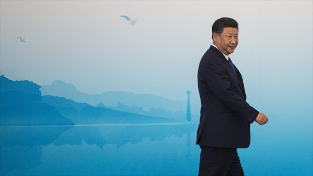 Xi condena proteccionismo y aboga por nueva economía mundial