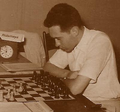 El ajedrecista Josep Miquel Ridameya Tatché en 1954