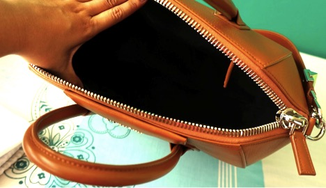 f6ce008eb2 Guest Post  Tips on Spotting a Replica Givenchy Antigona Bag - A ...