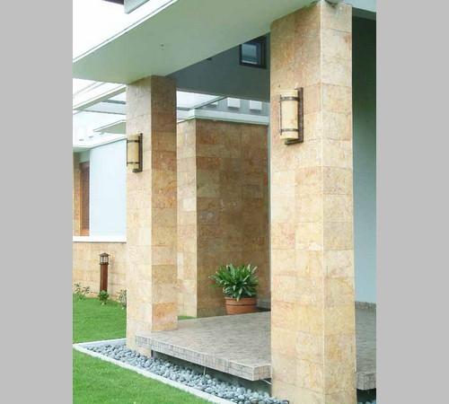 Desain Teras Rumah dengan Batu Alam Minimalis