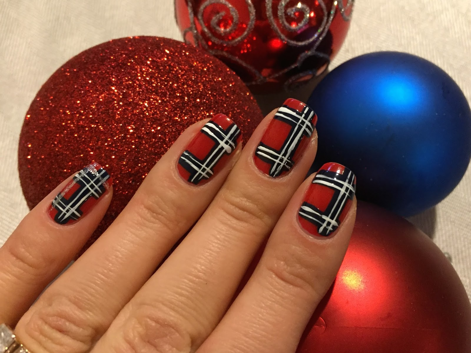 Lesia Style Christmas Plaid Nail Design