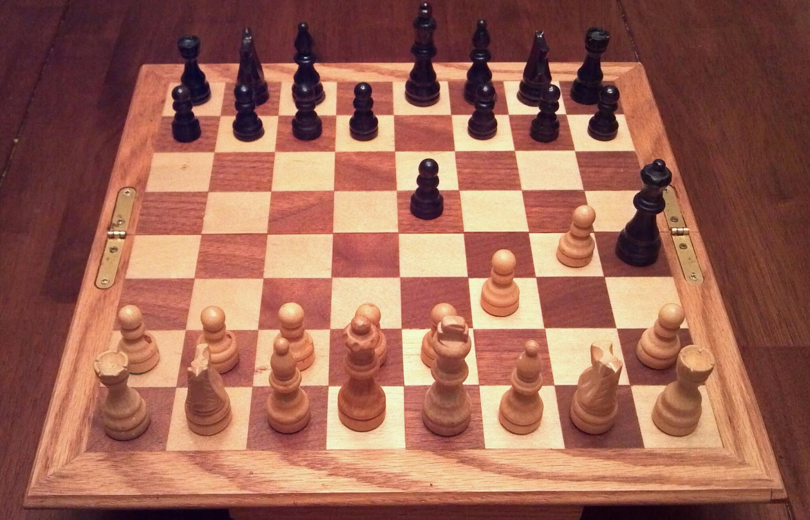 4 way chess online fuel gauge sending unit wiring diagram board and pieces in fool 39s mate position