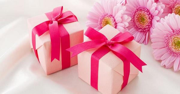 11 Kado Spesial Untuk Pasangan Di Hari Valentine