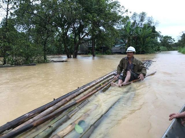 Toàn cảnh lũ lụt tại Ninh Bình và hoạt động cứu trợ tại Thanh Hoá - Ảnh minh hoạ 13