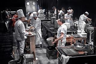 La cocina teatro 360 peris-mencheta peris mencheta alejo sauras valle inclán postguerra crítica review opinión