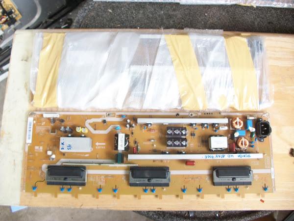 SPAREPART TOSHIBA REGZA 40PB10E POWER INVERTER