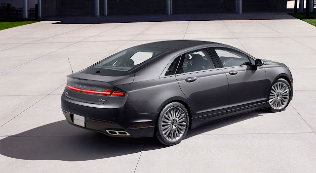 Lincoln MKZ 2013 back side