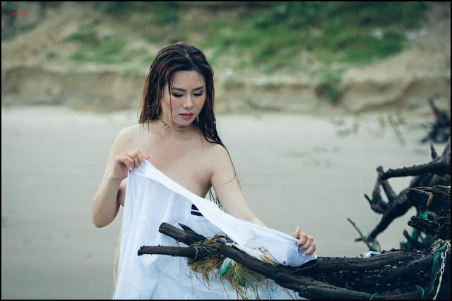 Mẫu nude Mỹ Hiệp lạc bước trên đảo hoang