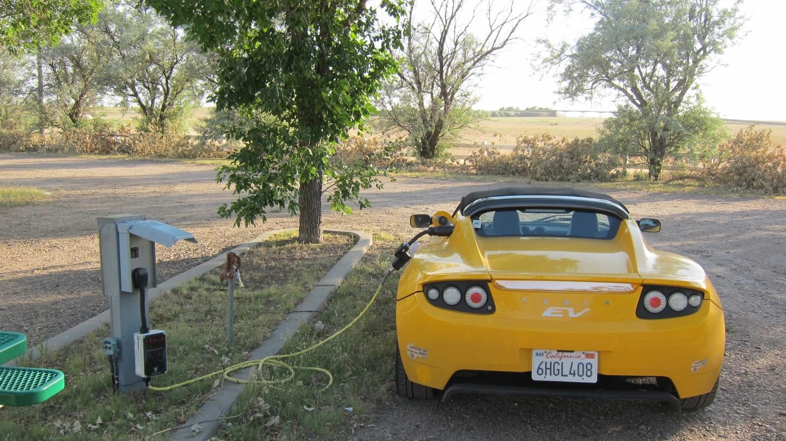 The Tesla Roadster Drive Across America