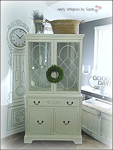 ANNIE SLOAN CHALK PAINT OLD WHITE & PARIS GREY