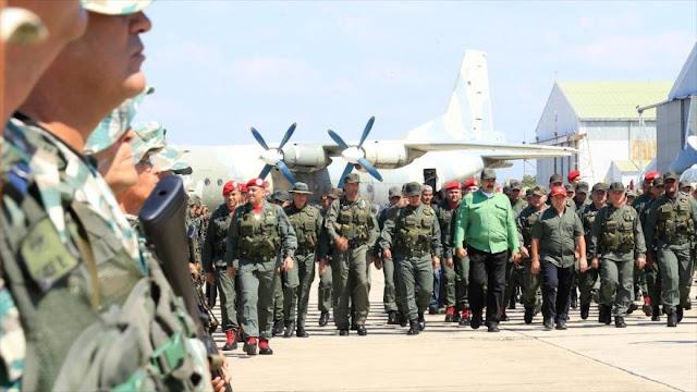 """Maduro ordena la creación de 50 mil """"unidades de defensa"""""""