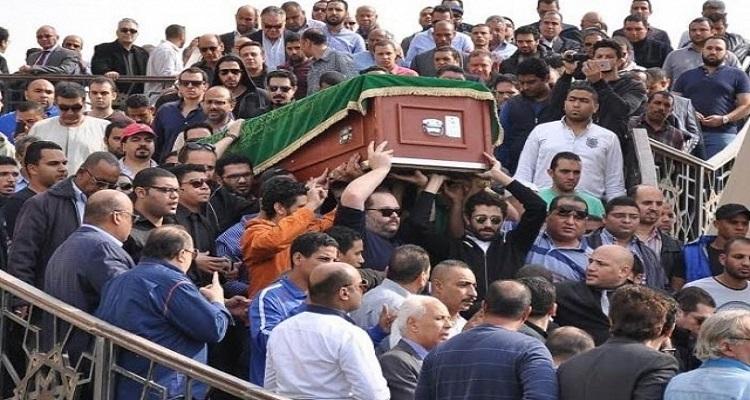 ماذا طلب الساحر محمود عبد العزيز أن يفعل أولاده بقبره بعد وفاته