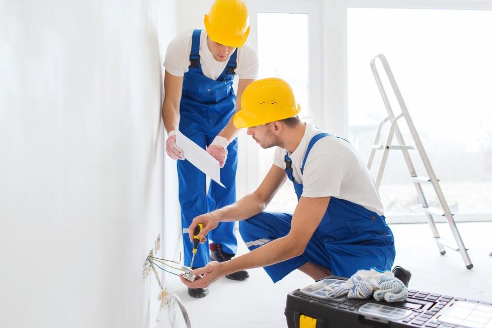 hiring-a-professional-electricians