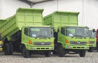 harga dump truck seken