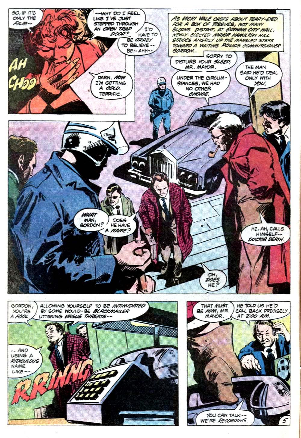 Detective Comics (1937) 512 Page 5