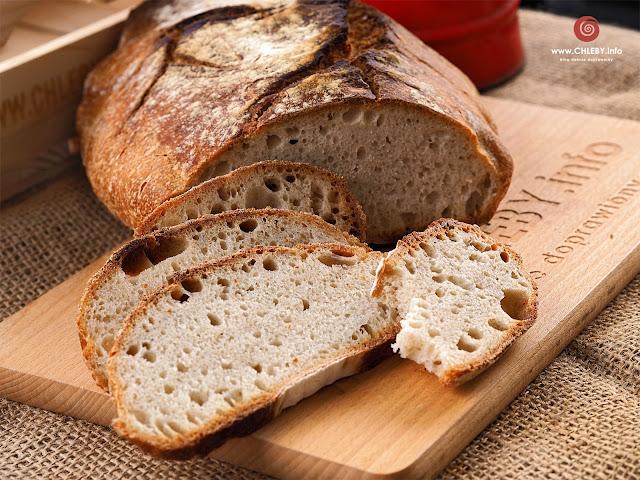 Chleb pszenny bez drożdży i bez zakwasu