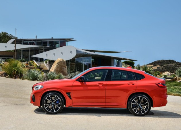 x4-m-side-exterior-red-bmw