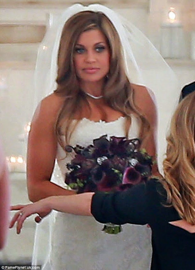 Red carpet wedding danielle fishel and tim belusko red carpet wedding tim and i went into the reception room before all the guests were let in danielle fishel says when i saw how beautiful it was and all the hard work i junglespirit Gallery
