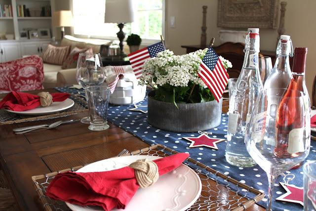 maison-de-cinq-patriotic-tablescape-2