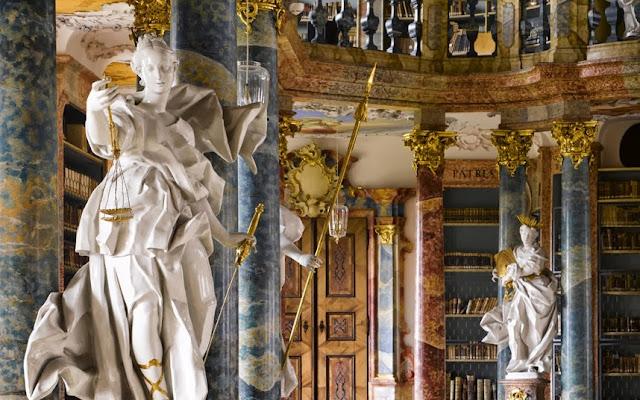 Biblioteca do Monastério de Wiblingen, Alemanha