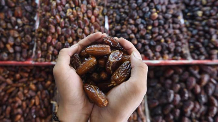 11 Jenis Buah Kurma Popular dan Paling Sedap Dijual di Malaysia