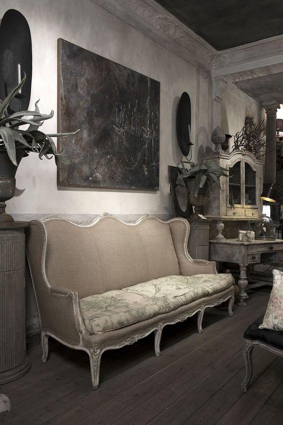 The Home Advantage - Parisienne Elegance