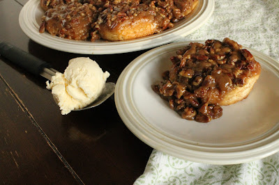 Easy Pecan Sticky Buns #EasterRecipes