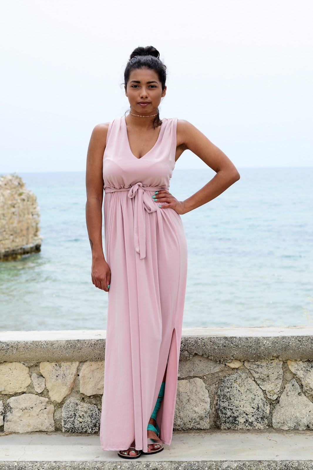 Grecian Dress and gladiator sandals outfit ideas