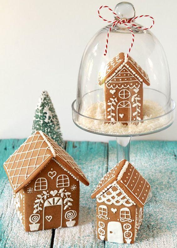 ΜΠΙΣΚΟΤΟΣΠΙΤΑ (Gingerbread Houses)