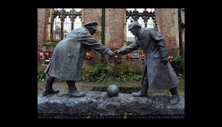 http://peru.com/futbol/wikifutbol/navidad-cuando-se-unio-futbol-hacer-tregua-primer-guerra-mundial-noticia-429337-1347324