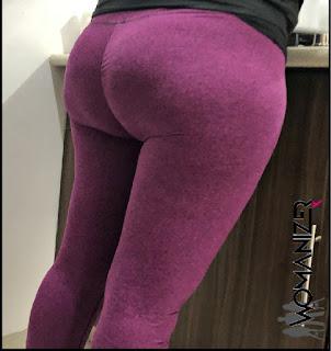 Guapa señora nalgona calzas pegadas