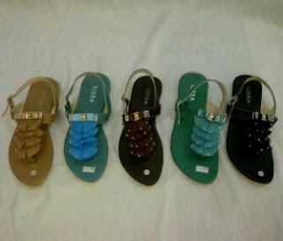 bisnis online shop: menjual sepatu wanita berbagai macam