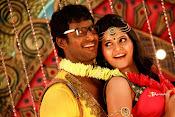 Madha Gaja Raja Movie Stills-thumbnail-6