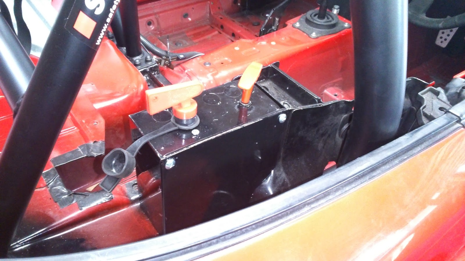 Roll Cage Fitting and Finishing Electrics | Keeping it on