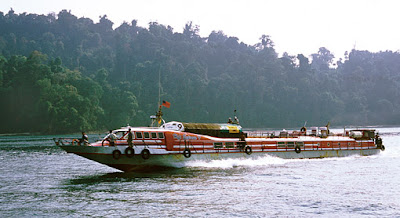 traffic along the coast by speedboat