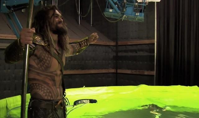 Jason Momoa como Aquaman en Batman v Superman