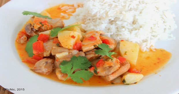 Chicken Poached In Coconut Curry Recipe