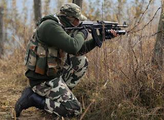 police-naxal-encounter-two-naxalites-were-killed-a-jawan-martyr