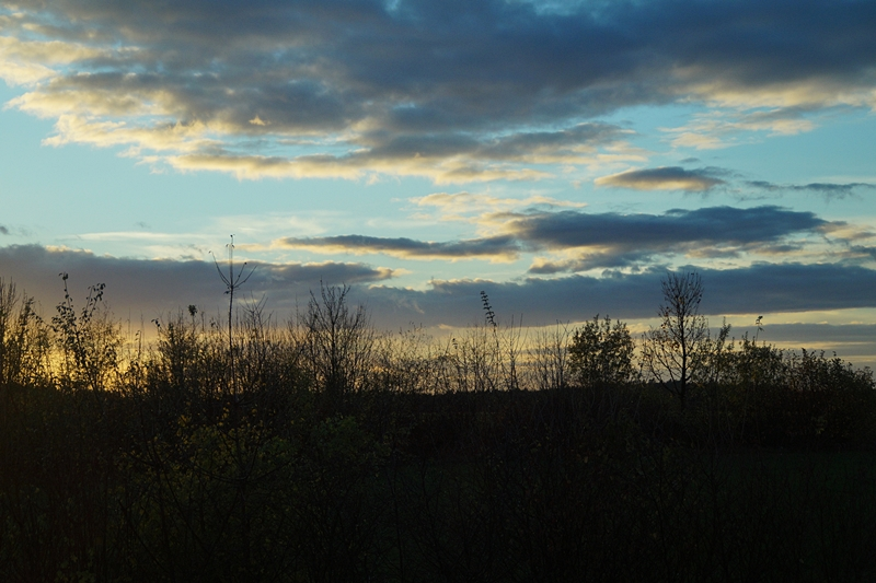 Abendhimmel Sonnenuntergang Wolken Oktober Herbst