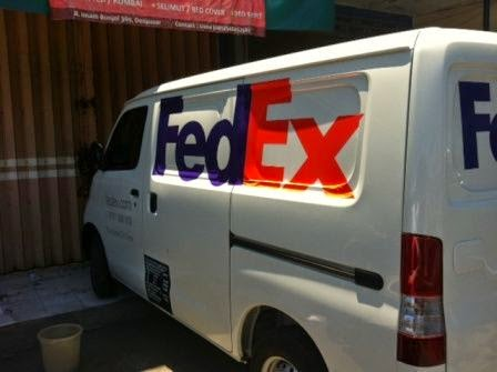 branding mobil luxio fedex bali