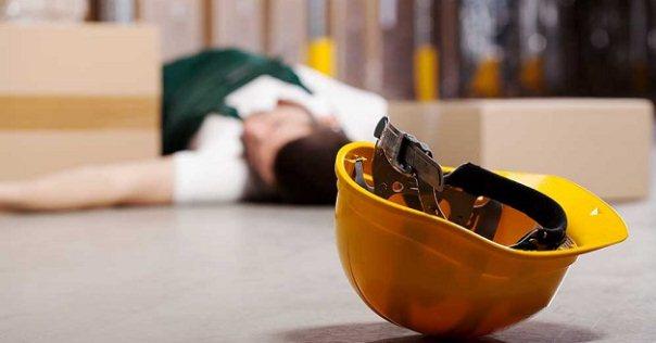 تحليل وتقويم اصابه العامل نتيجه حادث يقع له فى طريق العمل