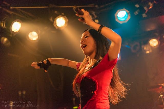 Pop・Rock系singer Chii、モルガーナで撮影したライブの写真