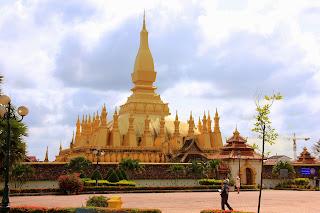 Großen Stupa Pha That Luang (Vientiane, Laos)