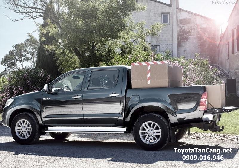 toyota hilux 2015 toyota tan cang 9 - Đánh giá Toyota Hilux 2015: Thách thức mọi chiếc xe bán tải - Muaxegiatot.vn