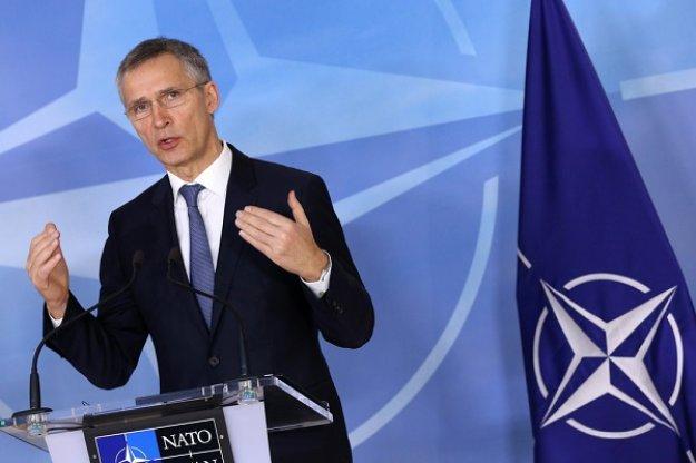 Στόλτενμπεργκ: Συνιστώ αυτοσυγκράτηση και μετριοπάθεια σε Ρωσία και Ουκρανία