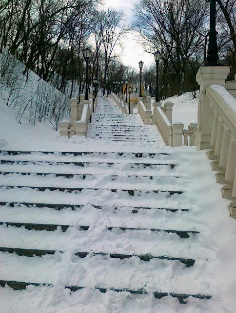 Ступени лестницы к месту крещения Руси