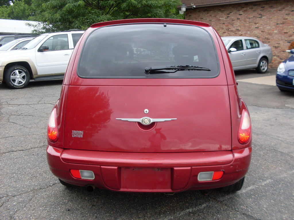 Ride Auto 2006 Pt Cruiser Red 2