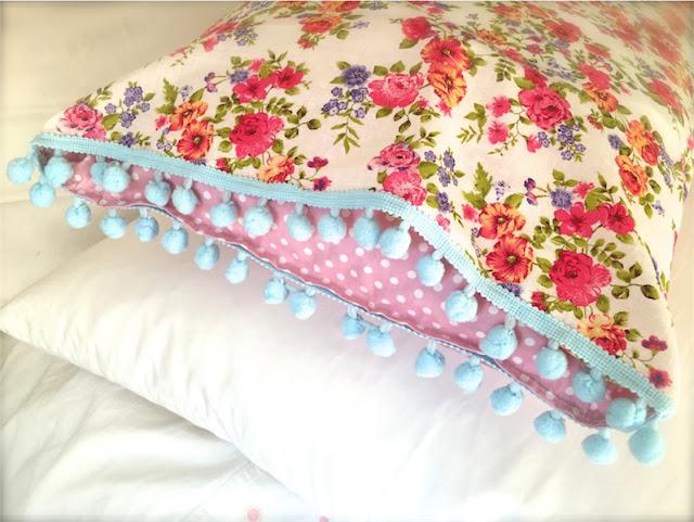 funda de almohada boho chic de Wiki Pillow chicanddeco