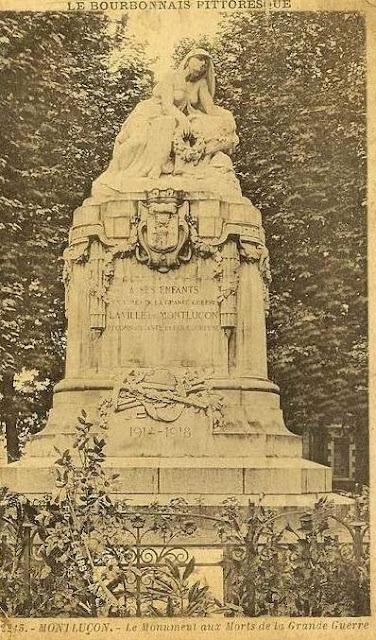 CPA monuments aux Morts de l'Allier, Montluçon